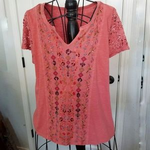 Sundance pink embroidery t-shirt large